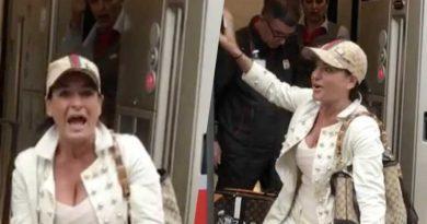 aida nizar urla treno controllori video 800x500 390x205 - Aida Nizar urla in treno, controllori allibiti: il siparietto fa il giro della rete (VIDEO)