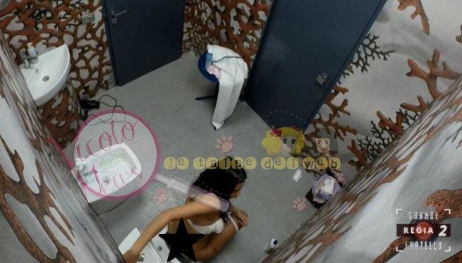 alessia1406001268 - SCANDALO al #gf15 appaiono riprese intime del bagno. Gli sponsor ed il web esplodono per l'accadato