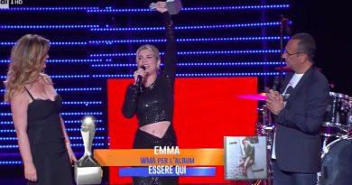 emma marrone 390x205 - Emma Marrone e Vanessa Incontrada bellissime al Wind Music Award 2018, look spettacolari!