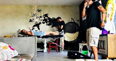 1530870523 chiatti 1 5 390x205 - Laura Chiatti, per l'anniversario con Marco Bocci si regala un tattoo: si fa incidere sulla pelle il nome dell'attore (FOTO)