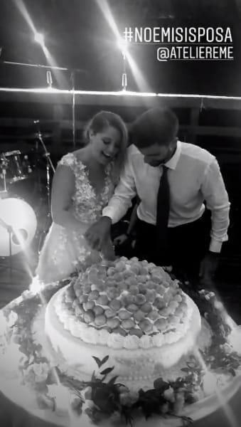 Fiori d'arancio per Noemi, la cantante ha sposato il suo Gab