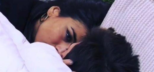 francesco-monte-piange-mamma-giulia-salemi-bacio