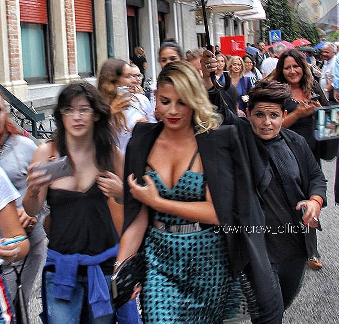 emma-marrone-realbrown-venezia75-venezia-cinema-mostra-armani